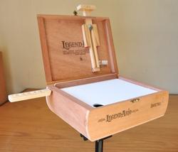, cigar box pochade box